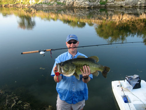 Stillwaters ranch record bass fly fishing off roading for Fly fishing for largemouth bass